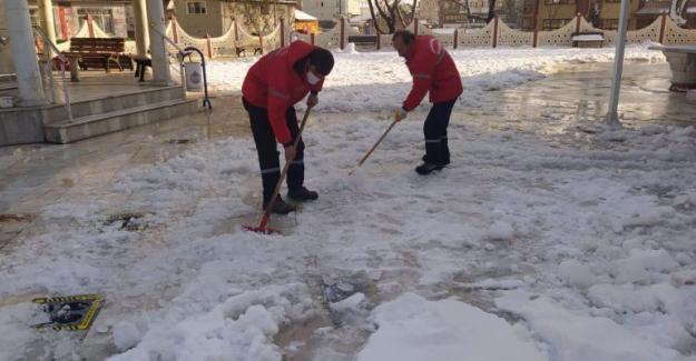 Buzlanmaya karşı mücadele devam ediyor