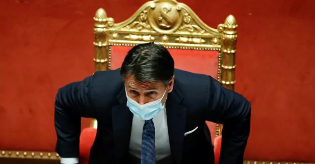 İtalya'da Başbakan Conte istifasını verdi