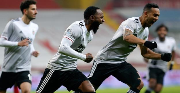 Kayserispor'u 2 - 0 yenen Beşiktaş liderliği yakaladı