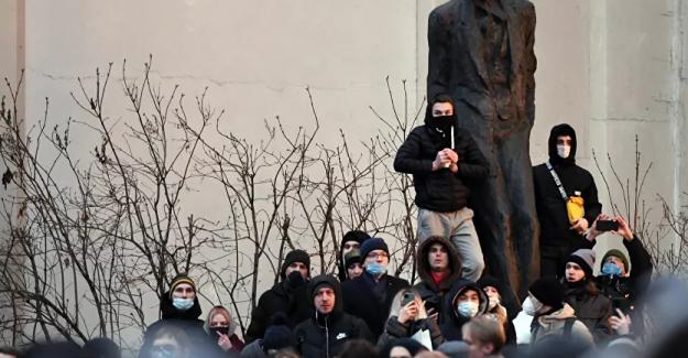 Moskova'daki gösterilerde binden fazla kişi gözaltına alındı