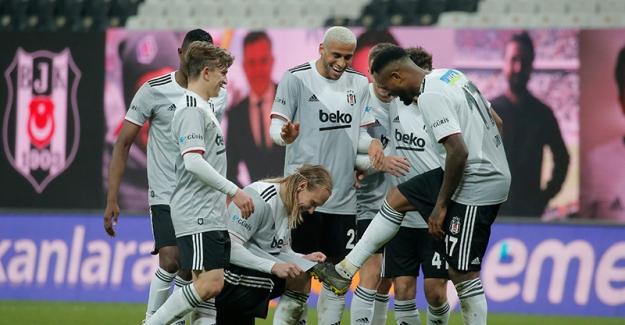 Süper Lig'in lideri Beşiktaş, bu defa Ç.Rizespor'u 6-0 uğurladı