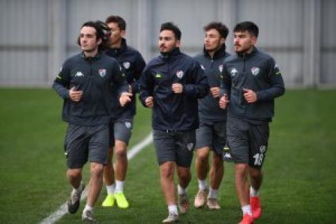 Bursaspor'un Tuzlaspor karşılaşmasına hazırlıkları sürüyor