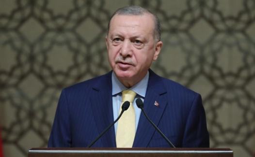 """Erdoğan: """"Lezbiyenlerin söylediklerine takılmayalım, biz analarımıza bakalım.."""""""