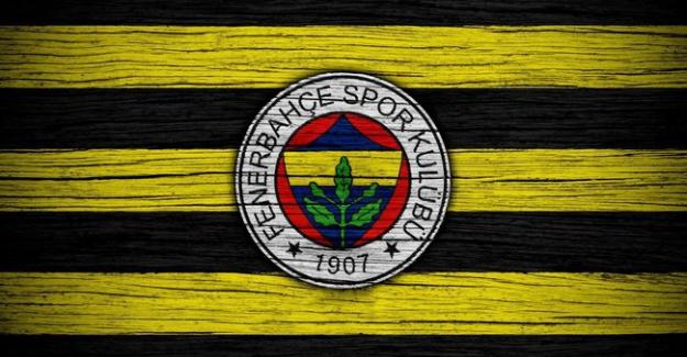 Fenerbahçe'de 11 futbolcuyla yollar ayrılıyor