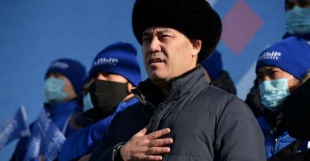 """Kırgızistan Cumhurbaşkanı Caparov: """"Ömür boyu devlet başkanı düşüncesinden kurtulmak gerekiyor"""""""