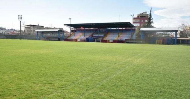 Mustafakemalpaşa ilçe stadyumu yenilendi