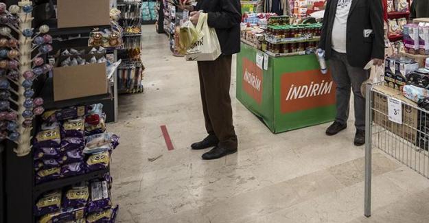 Zincir marketlerin sigara ve telefon satmaları yasaklanıyor