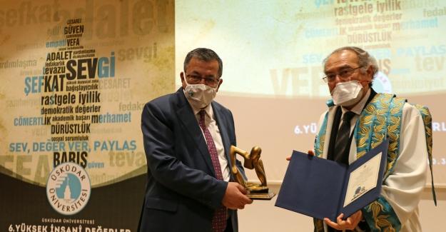 6. Yüksek İnsani Değerler Ödülleri, sahiplerine takdim edildi