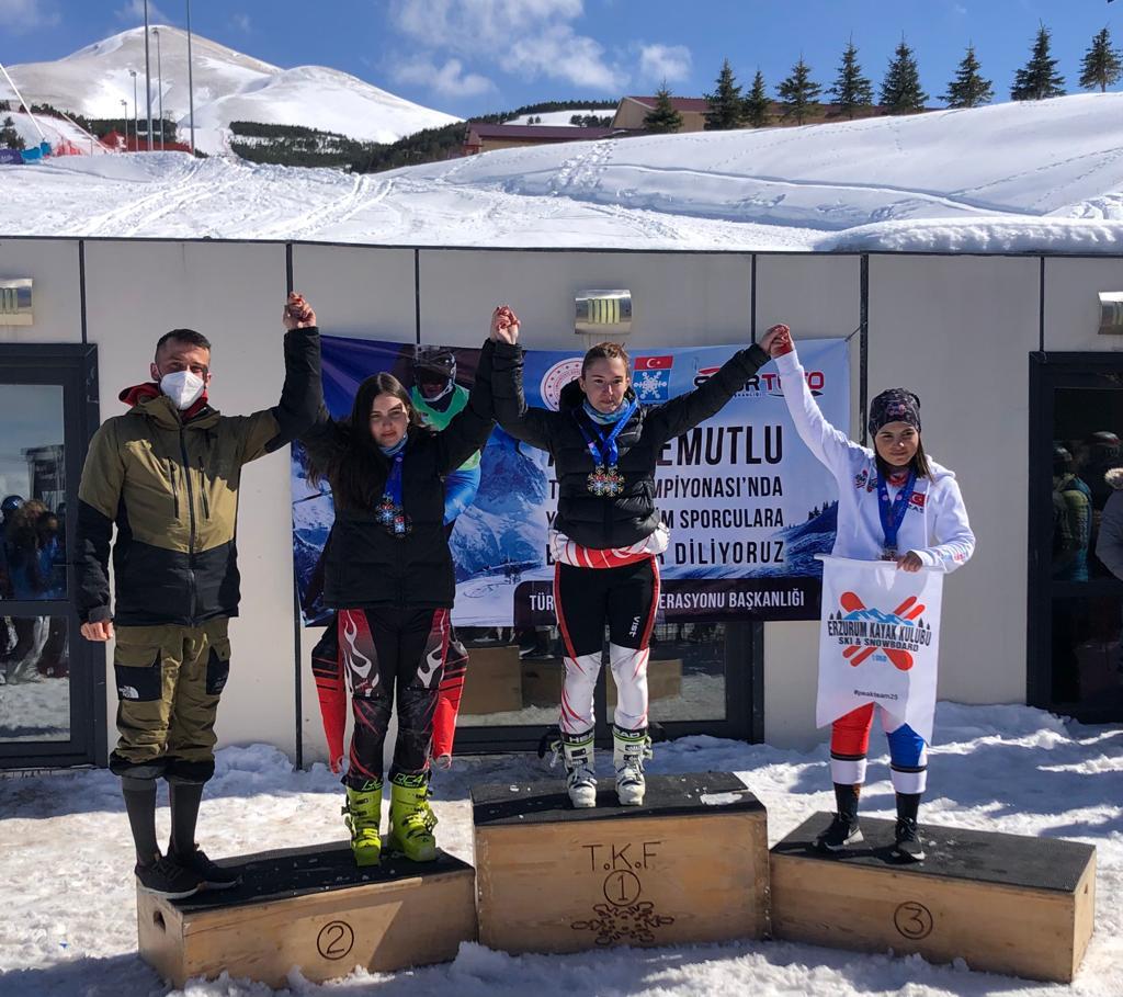 AKUT Spor Kulübü, Kayak Şampiyonasında 4 Birincilik Elde Etti!