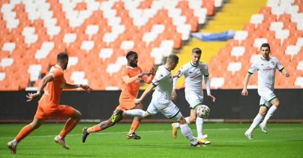 Bursaspor Adana'dan 3 - 0 Galip Ayrılarak Moral Topladı