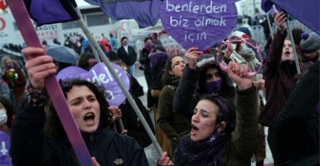 Büyük Kadın Buluşması sonrası polis müdahalesi: 'Gözaltına alınanlar var'