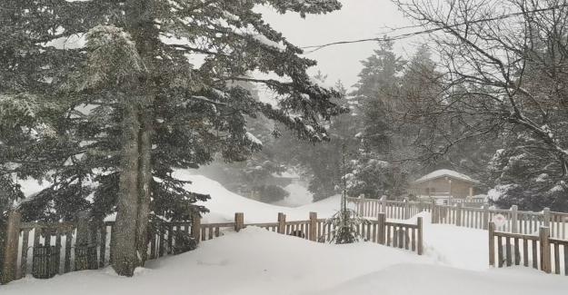 Uludağ Mart ayını karla karşıladı