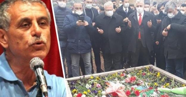 CHP'de 'Muhsin Yazıcıoğlu'  mezarını ziyaret istifalara neden oldu
