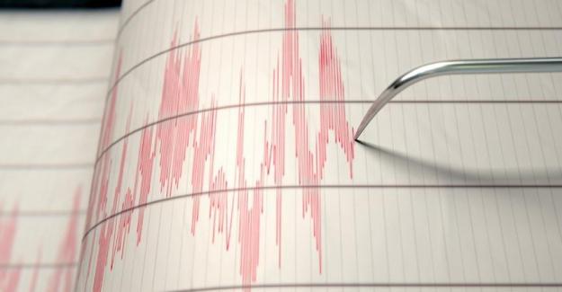 Datça açıklarında peş peşe korkutan depremler