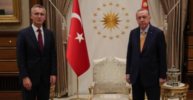 """Erdoğan: """"Rusya-Ukrayna krizi Ukrayna'nın toprak bütünlüğü ve Minsk Anlaşmaları temelinde çözümlenmeli"""""""