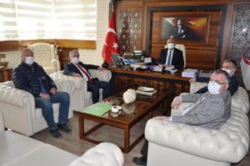 İznik Gölü Keramet Sulama Birliği Başkanı'ndan Belediye Başkanına ziyaret