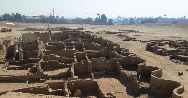 Mısır duyurdu: 3 bin yıllık ´kayıp altın şehir´ bulundu