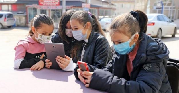 """Mudanya'nın meydan ve parklarında """"Ortak Erişim Ağı Projesi"""" kullanıma açıldı"""