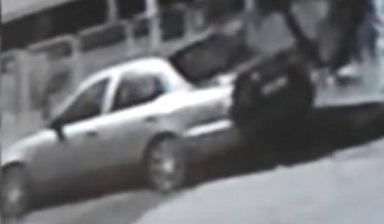 Polis haftasında gazi polisin otomobilini çaldılar