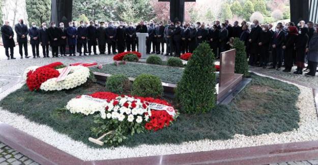 Turgut Özal vefatının 28. yıl dönümünde kabri başında anıldı