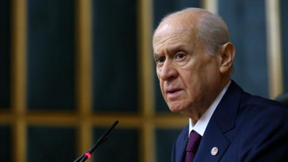 """Ahmet Takan: """"Devlet Bahçeli'den gelecek küçük bir işaret, Soylu'nun görevden alınmasına yetecek"""" miş…"""