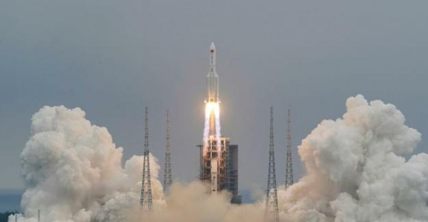Çin tarafından uzaya gönderilen roket kontrolden çıktı
