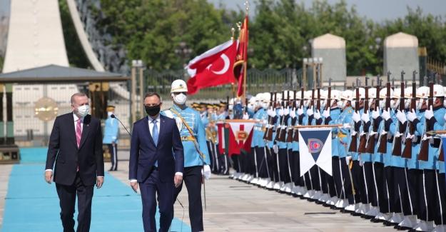 Cumhurbaşkanı Erdoğan, Polonya Cumhurbaşkanı Duda'yı Resmi Tören İle Karşıladı