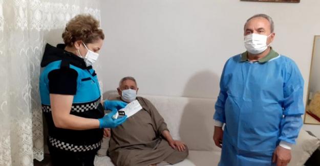"""Yıldırım Belediyesi'nden 65 yaş üstüne """"evde enjeksiyon"""" hizmeti"""