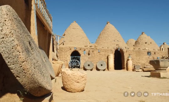 Harran'ın tarihi kümbet evleri