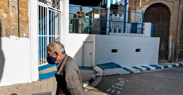 Kıbrıs'ta sınır kapıları Cuma günü yeniden açılıyor