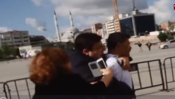 Can Dündar'a saldıran Şahin cezaevine girmeyecek