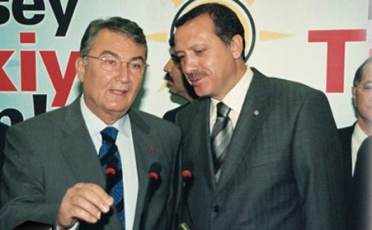 """Deniz Baykal konuştu... Erdoğan'la """"al gülüm ver gülüm"""" yaptı mı"""