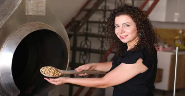 Elazığlı kadın girişimci: Dünyaya leblebi satıyor