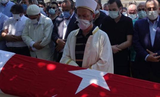 Eski AK Parti Bursa Milletvekili Ali Koyuncu törenle uğurlandı
