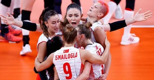 Filenin Sultanları, son Olimpiyat şampiyonu Çin'i 3-0 yendi
