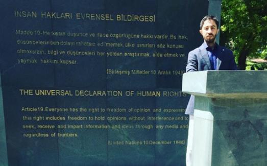 """ELVİN ABDURAHMANLI: """"Azerbaycanlı Kardeşlerinizin Yangın Bağış Kampanyasına Destek Olun.."""""""