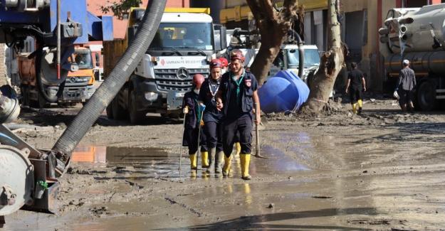 Kastamonu'da selde kaybolan 10 kişi aranıyor