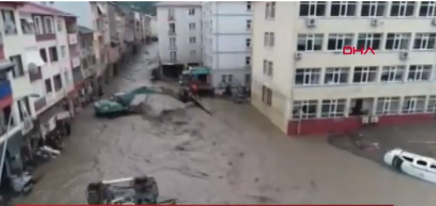 Sel felaketinin sonuçları çok acı:  Can kaybı 27'ye yükseldi