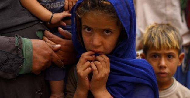 """Afganistan'da açlık tehlikesi: """"Kimse yoksulları umursamıyor, eve ekmek götüremiyoruz"""""""