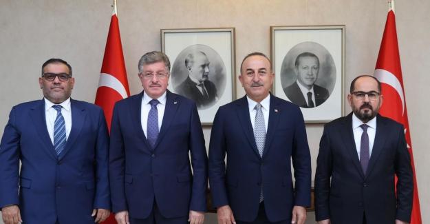 """Çavuşoğlu: """"Suriye halkının meşru temsilcisi olan Koalisyon'a ve Geçici Hükümet'e desteğimiz tam"""""""