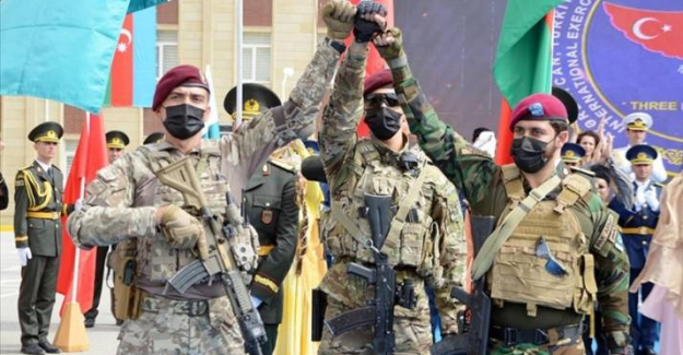 Türkiye, Azerbaycan ve Pakistan özel kuvvetlerinden Bakü'de ortak tatbikat!