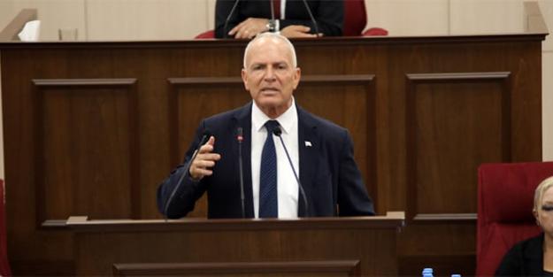 """Kıbrıs UBP Genel Başkan Adayı Zorlu Töre: """"Kurultayımızın 'tek' bölgede yapılacak olmasından dolayı huzurluyum"""""""