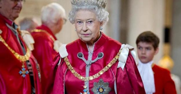 Barbados'ta cumhuriyet ilan edildi: İngiliz Kraliyeti'nin 'otoritesi' tanınmayacak