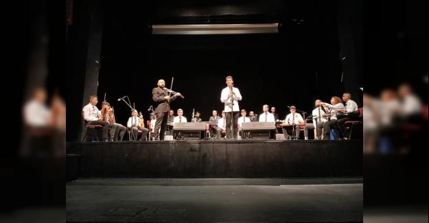 Büyükşehir Belediyesi Orkestrası'nda mezuniyet sevinci