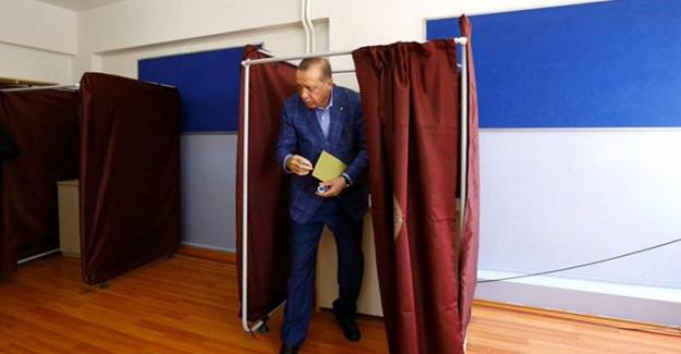 İktidara yakın anket şirketine göre AKP'nin oyunda büyük düşüş yaşandı