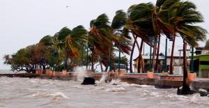 Karayip'te Beryl kasırgası alarmı