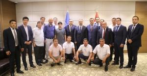 Özbekistan Büyükelçisi Alişir Azamhocayev'den Bursa'ya işbirliği çağrısı
