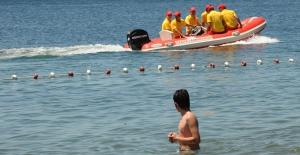 Sezon boyunca 181 vatandaşı boğulma tehlikesinden kurtardılar