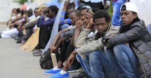 Göçmenleri sınıra bırakan Fransa ile İtalya arasında kriz: 'Macron, cevap ver'