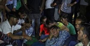 Hindistan'da tren faciası: en az 50 kişi öldü!